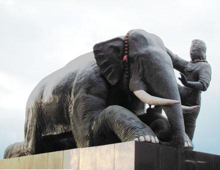 Sri Govindaji - Haupt-Gottesbild der Manipuris