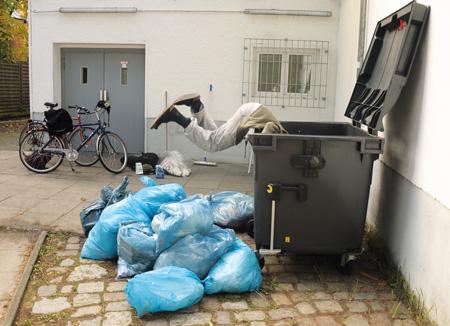 Das sogenannte »Containern« greift in Deutschland um sich.