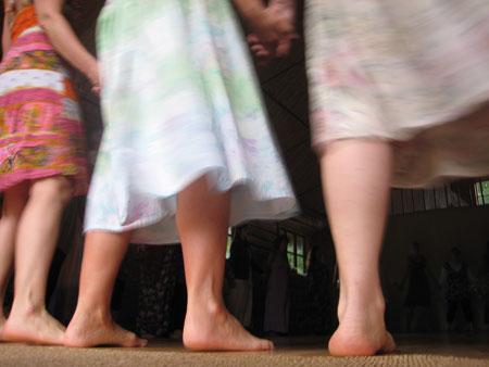 Versuch über den mütterlichen Raum im Tanz