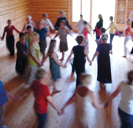 Tanz, Körper und müttlericher Raum