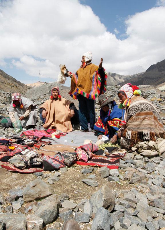 Q'ero-Indianer während des Festes von Qoyllurrit'i