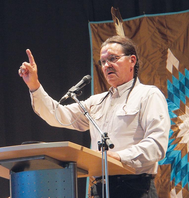 Der Autor und Lakota-Chief Henry Red Cloud