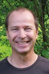 Der Autor Johannes Schroeder